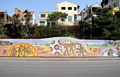 hanoi-mural-ceramic-11.jpg