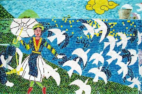 hanoi-mural-ceramic-16.jpg