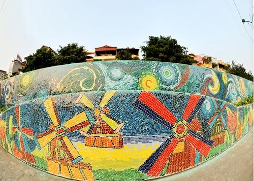 hanoi-mural-ceramic.jpg