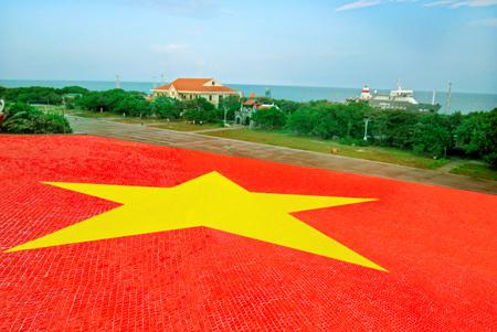 truong-sa-island-vietnam3.jpg